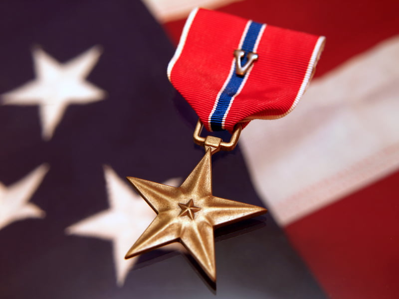 bronze star military award